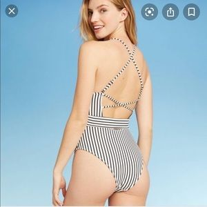 SHADE & SHORE   One Piece Striped Swimsuit